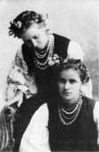 With her sister Olga, 1896