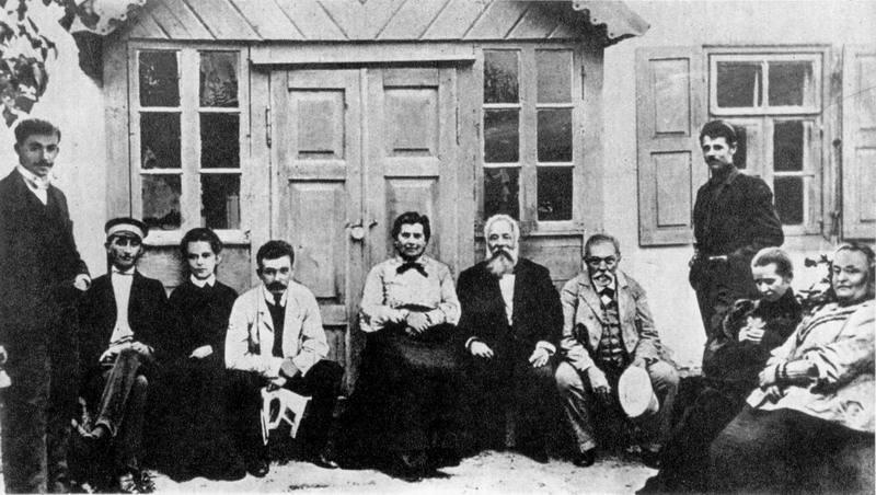 Фото Лесі Українки в Колодяжному, 1904…