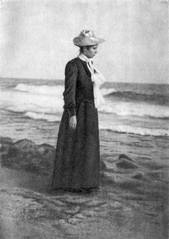 Lesja Ukrainka. San Remo (?). Photo 1902