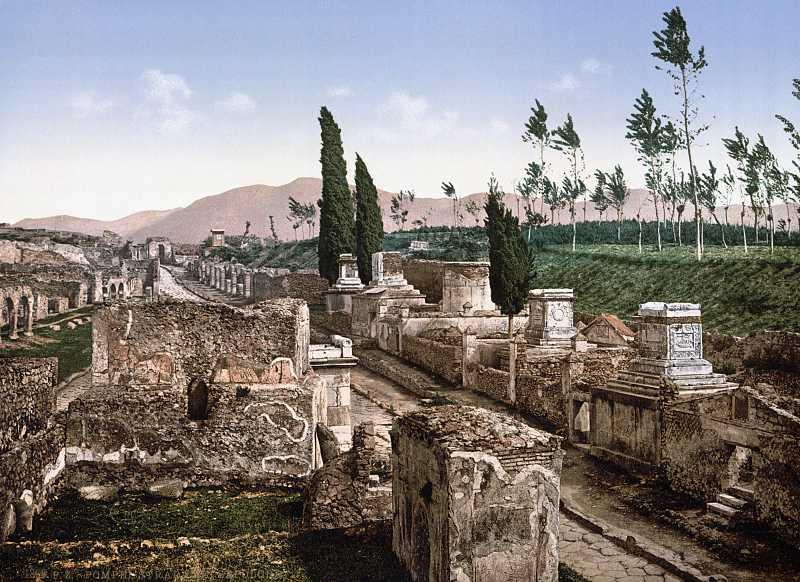 Вулиця гробниць у Помпеях
