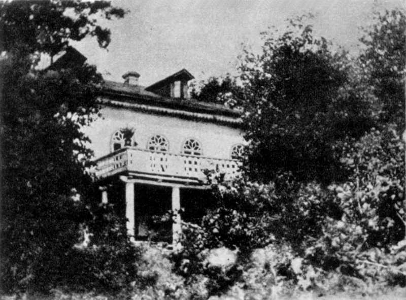 Фото дачного будинку Ольги Петрівни…